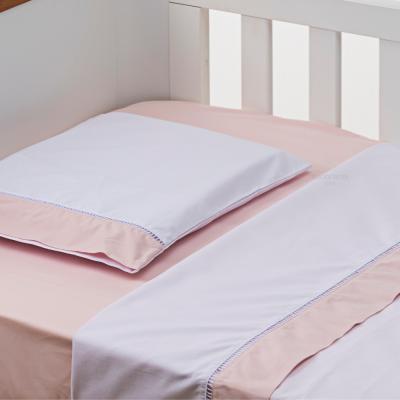 jogo-de-lencol-para-berco-3-pcs-200-fios-branco-com-barrado-rosa