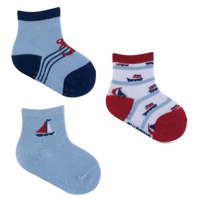 kit-com-3-meias-antiderrapante-16-a-20-azul-vermelho-e-marinho
