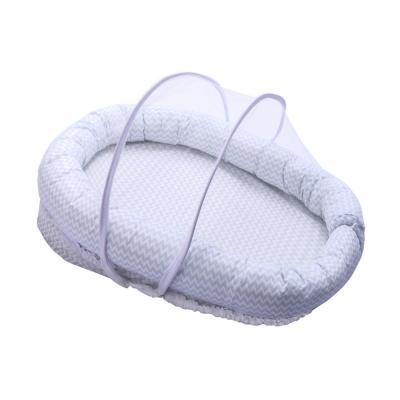 ninho-confort-papi-baby-com-mosquiteiro-azul-chevron
