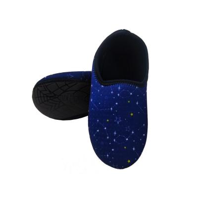sapato-de-neoprene-ufrog-fit-infantil-constelacao