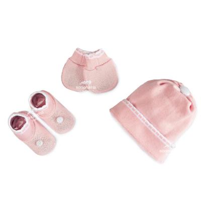 kit-touca-luva-e-sapatinho-de-tricot-para-recem-nascido-rosa-e-branco